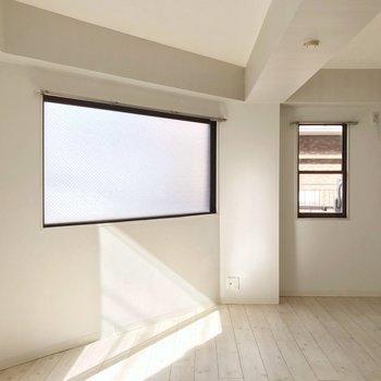 居室は8帖ほどの広さ。五角形だから一味違うお部屋づくりを楽しめそう!