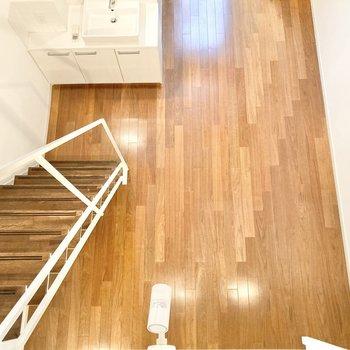1階に戻って水回りを見ていきましょう。※写真は7階の反転間取り別部屋のものです