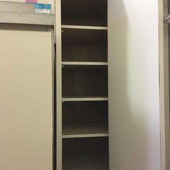 シューズボックスは5段ほど、物足りない場合は収納を買い足そう。※写真は前回募集時のものです