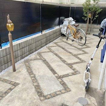 駐輪場があり、手軽な移動手段を確保できます。