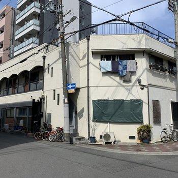 大阪市谷町線「野江内代駅」から徒歩5分ほどの立地