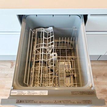 食洗機もついていますよ。