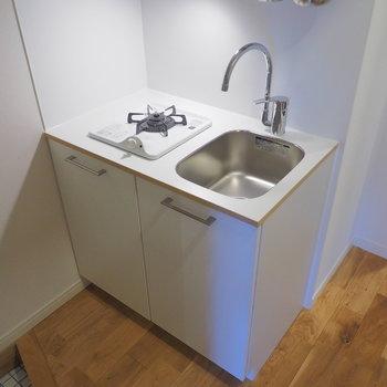 キッチンは1口ガスコンロ※写真は前回募集時のもの