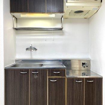 【キッチン】調理場があり、自炊もしやすそう。