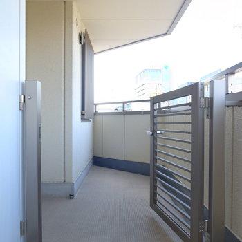 【共用部】実はこちらのお部屋には「柵」があるんです。特別感!