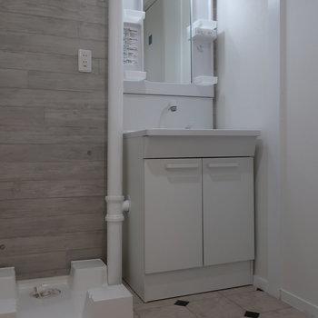 洗面台も新しくなって使い勝手がよさそう