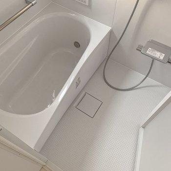 お風呂は追い焚き機能もついて、長風呂できちゃう◎