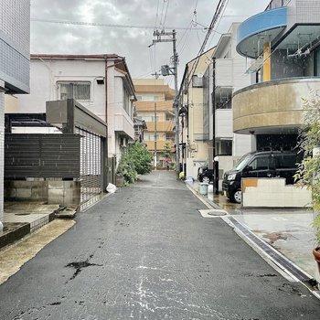 【周辺環境】のどかな住宅街です。