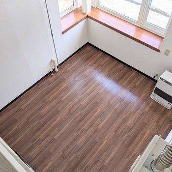 【洋室】ロフトから洋室部分を眺めてみました。