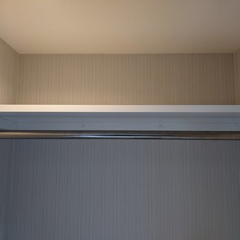 【洋室】上には小物を置くことができます。