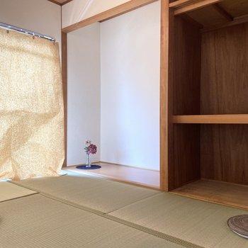 【和室】隣の和室とつながっています。
