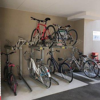 駐輪場はしっかり整備されていて見た目でも綺麗ですね。