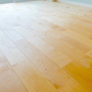 床材のバーチのアップをどうぞ!柔らかい雰囲気◯(※写真は完成イメージです)
