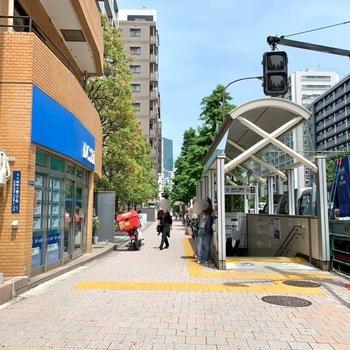 麻布十番駅は1番口が近かったです。
