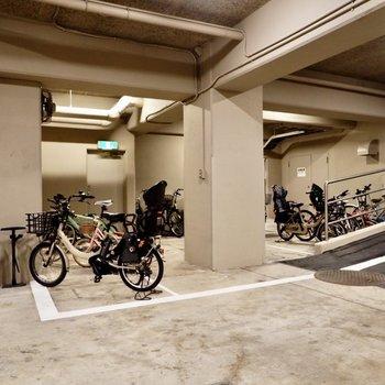 駐輪場も同じく。