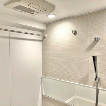 浴室乾燥機もついています。