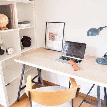 下部スペースはオープンラックやデスクを入れておうち仕事に活用できます。