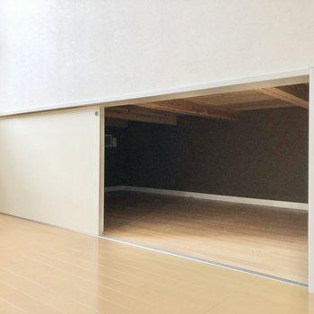 リビングの床下収納も結構しっかりとしたサイズ感!(※写真は反転間取り別部屋のものです)
