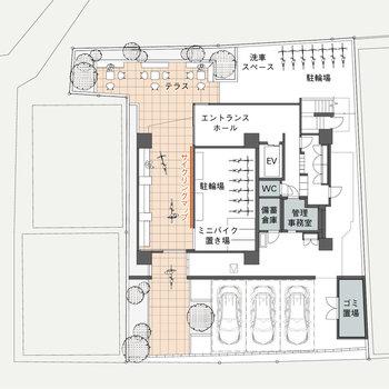 【共用部図面】幅の広い廊下にサイクリングマップまで設置されています