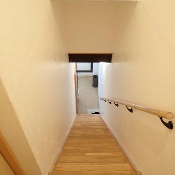 そう、階段。実は長屋の2階部分だったのでした。