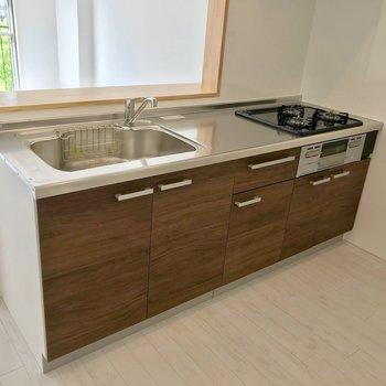 キッチンもきれい。シンクも大きいです。