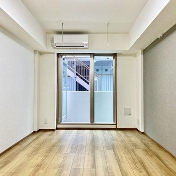 その回廊は棲家と書斎。