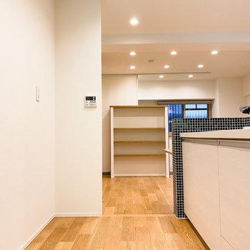 【LDK】キッチンスペースも広いなぁ。