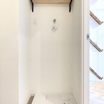 室内洗濯機置き場も嬉しいポイント。