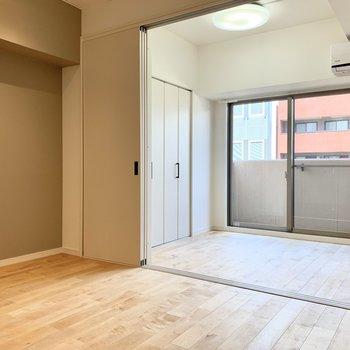 【LDK+洋室】くつろぐスペースと寝るスペースを分けられるのが嬉しいですね!