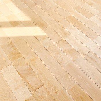 【イメージ】床はさらさらのバーチ材