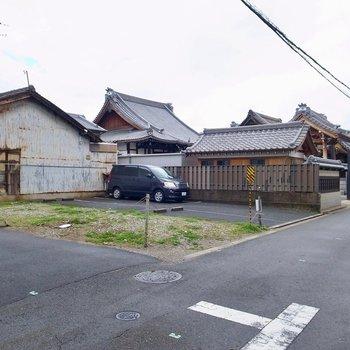 【周辺環境】入り組んだ路地の住宅街。ただ、今回のお部屋から駅前までの道順はかんたんでした◎