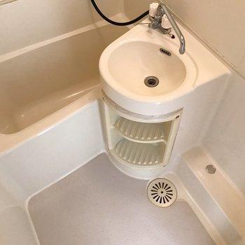 トイレ分、ゆとりができました。(※写真は10階の同間取り別部屋のものです)