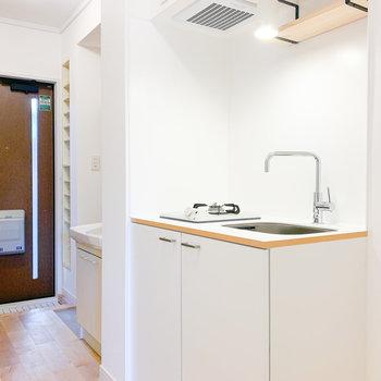 【イメージ】玄関入口に使いやすいキッチン
