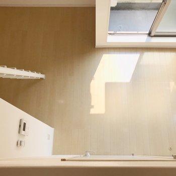 コンパクトなお部屋、どんな家具を配置しよう?(※写真と文章は8階の同間取り別部屋、清掃前のものです)