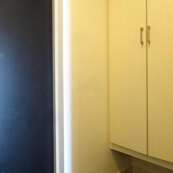 玄関にはシューズボックスも完備されています。