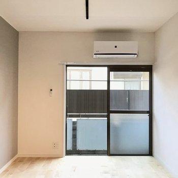 無垢床×リノベーションのお部屋にようこそ。