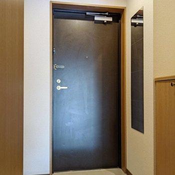 玄関とリビングの間に扉があるのは嬉しい。