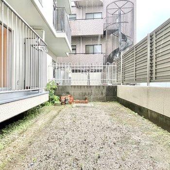 1階の特権で専用庭付き!新たな趣味をはじめてみたり。