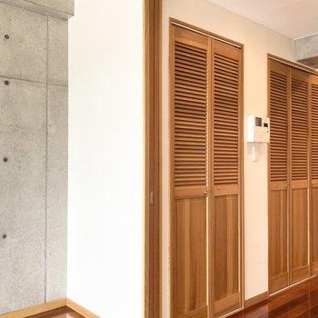 洋室とDKの間の扉を開けているときは扉の存在をちゃんとしまっておけるのが嬉しい。