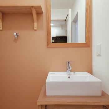 【イメージ】TOMOSオリジナル洗面台が入ります