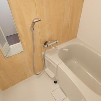 【イメージ】お風呂は追い焚き付きの新設が入る予定です