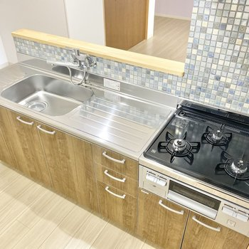 キッチンは使い勝手がとてもよさそう…!更にデザインも◯
