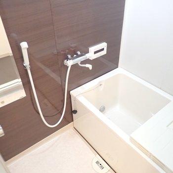 浴槽は既存利用です※写真は同間取り別部屋のものです