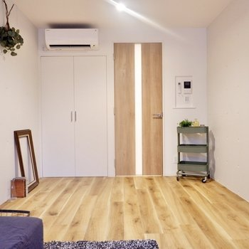 木製家具がよく似合う、ナチュラルな空間です。