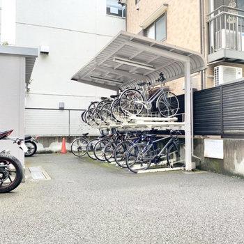 マンション内に駐輪場や、