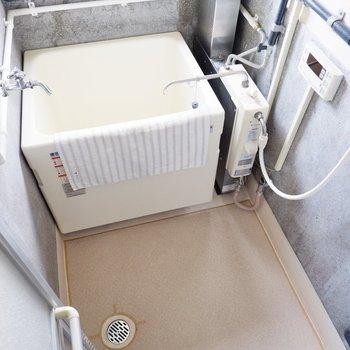 洗い場がゆったりめで動きやすい空間です。