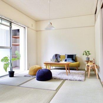 【和室①】こちらの広い和室はリビングに。
