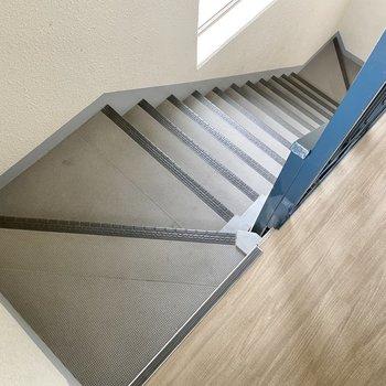 【共用部】たまには上の階に登ってみない?