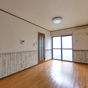 ファミーユ横内102号室