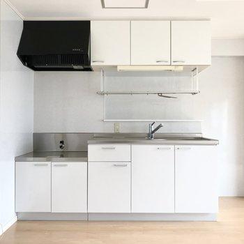 真っ白なキッチンがお気に入り